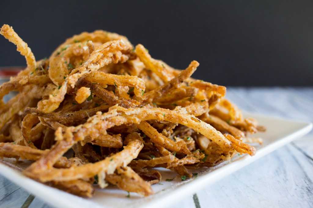 Crispy Fried Onion Strings