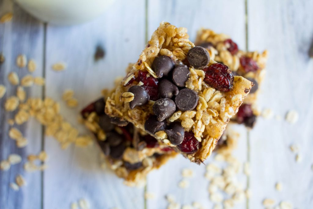Dark Chocolate Cranberry Granola Bars